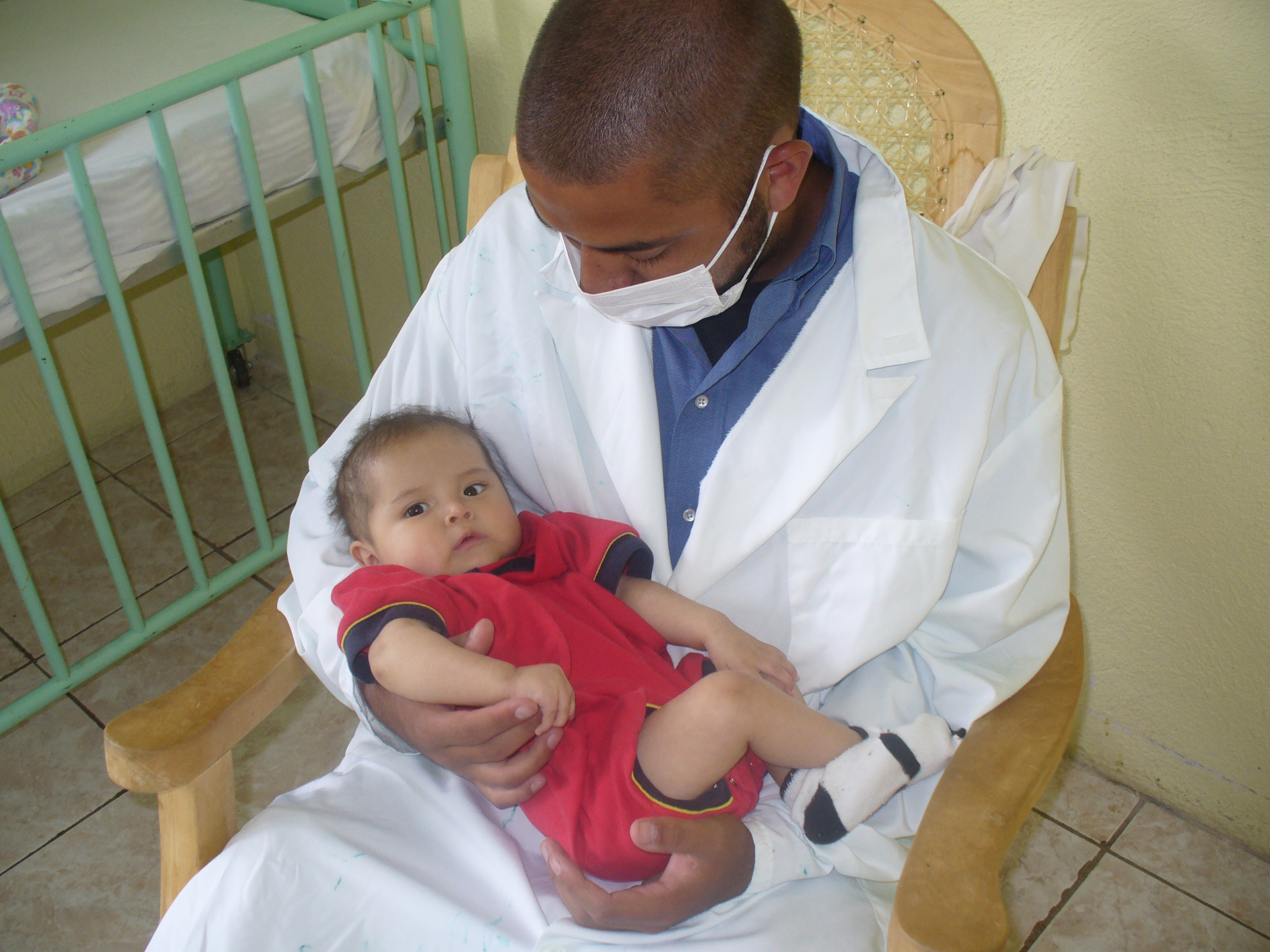 malawi doctor and child